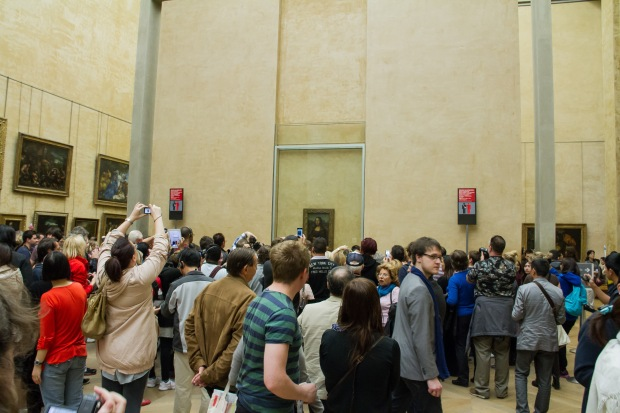 The crowd in front of the Mona Lisa.