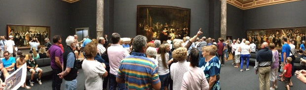 "Panorama of the room with ""The Nightwatch"""