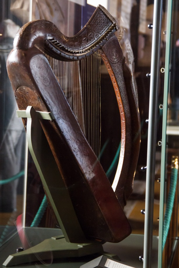 That's an old harp!