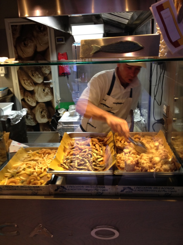 A fresh batch of fried calamari!
